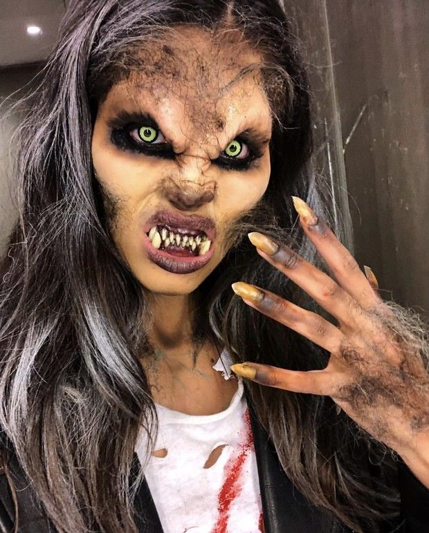 Страшно красивые: костюмы супермоделей на Хэллоуин 2018 (фото 13)