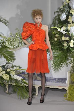 Показ Christian Dior коллекции сезона Осень-зима 2009-2010 года Haute couture - www.elle.ru - Подиум - фото 87320