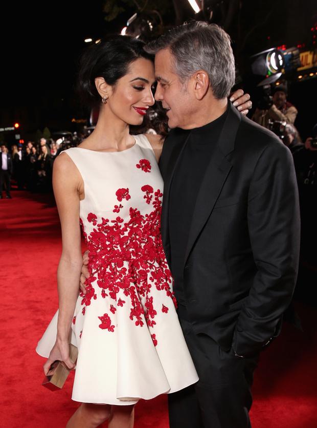 Как Джордж Клуни поздравил Амаль с днем рождения? (фото 1)