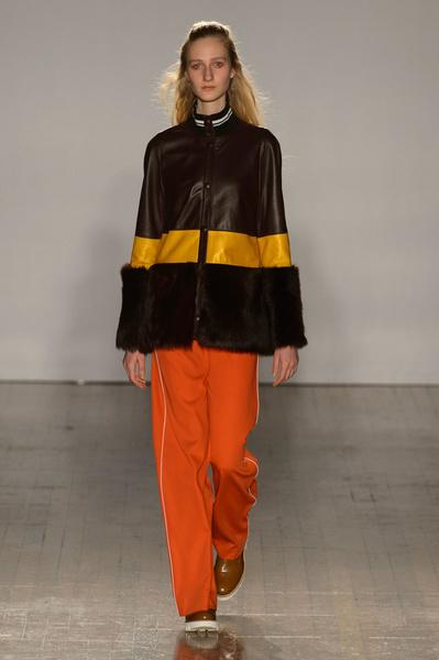Неделя моды в Лондоне: 21 февраля | галерея [3] фото [10]