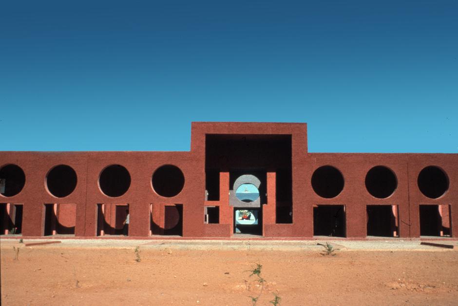Рикардо Бофилл: самый известный архитектор постмодернизма (фото 29)