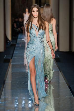 Показ Atelier Versace коллекции сезона Весна-лето 2014 года Haute couture - www.elle.ru - Подиум - фото 574009