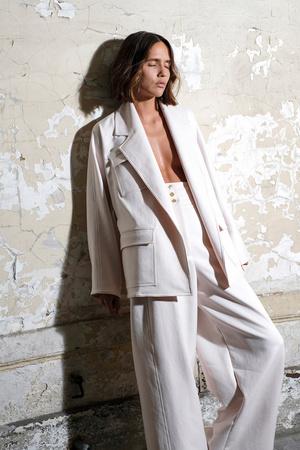 Показы мод Maison Rabih Kayrouz Весна-лето 2018 | Подиум на ELLE - Подиум - фото 4947
