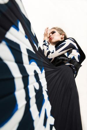 Как носить вещи из подиумной коллекции H&M Studio AW 17? фото [22]