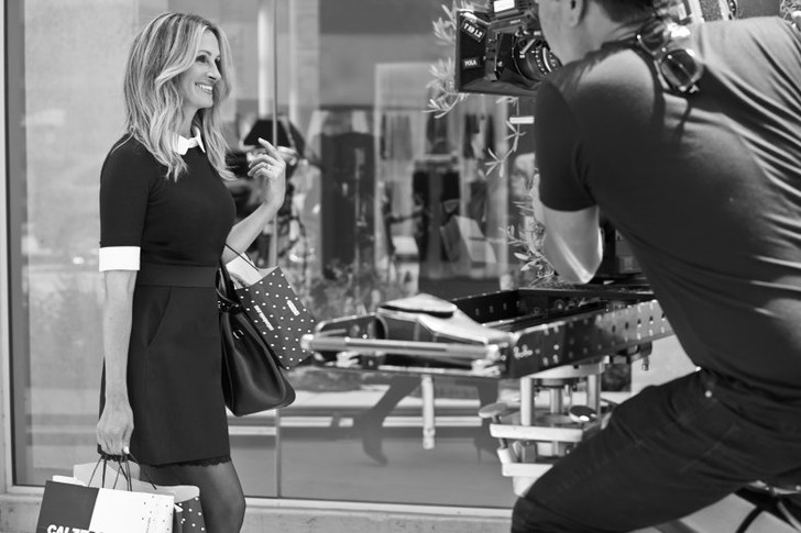 Джулия Робертс стала новым рекламным лицом Calzedonia