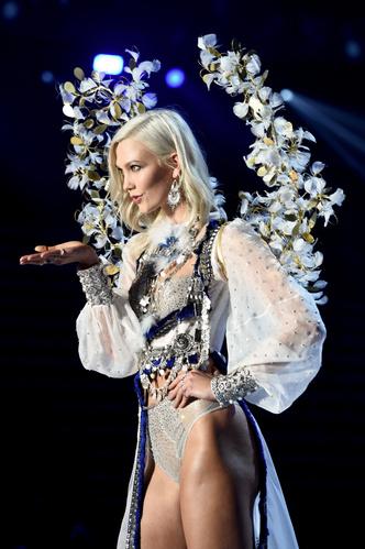 Триумфальное возвращение одного из легендарных «ангелов» Victoria's Secret (фото 2)