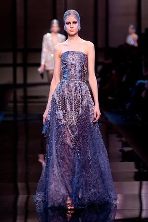 Показ Giorgio Armani Privé коллекции сезона Весна-лето 2014 года Haute couture - www.elle.ru - Подиум - фото 574938