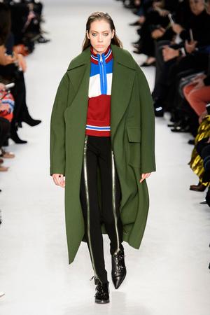 Показы мод Emilio Pucci Осень-зима 2016-2017 | Подиум на ELLE - Подиум - фото 4530