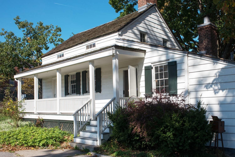 10+ домов, где были написаны бестселлеры (галерея 4, фото 0)