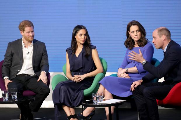 Меган Маркл, Кейт Миддлтон, принц Гарри  и Уильям снова появились вместе (фото 1)