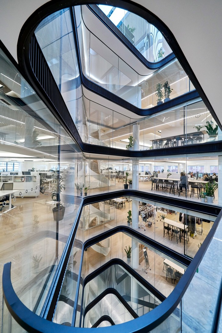 Офис для fashion-бренда COS от архбюро Orms (фото 0)