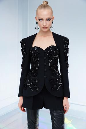 Maison Bohemique представил лукбук коллекции couture осень-зима 18/19 (фото 11.1)