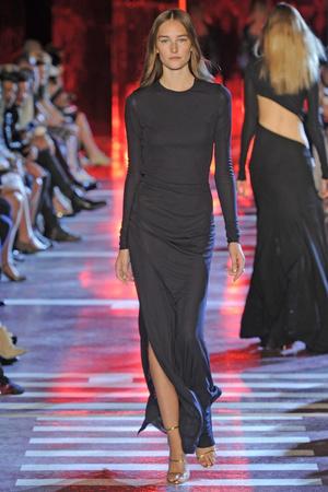 Показ Alexandre Vauthier коллекции сезона Осень-зима 2014-2015 года Haute couture - www.elle.ru - Подиум - фото 585224