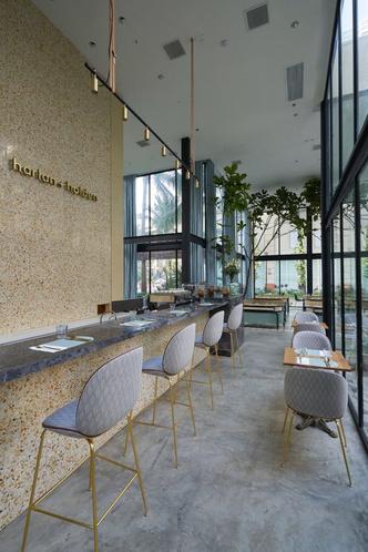 Дом из стекла: ресторан по дизайну Gamfratesi в Маниле (фото 3.2)