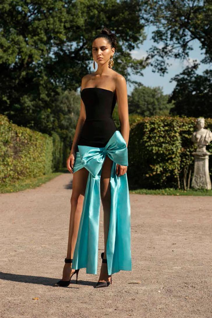Расида Лакоба: «Если за день до свадьбы нас просят сшить платье, мы за ночь сделаем его в десять рук» (фото 11)