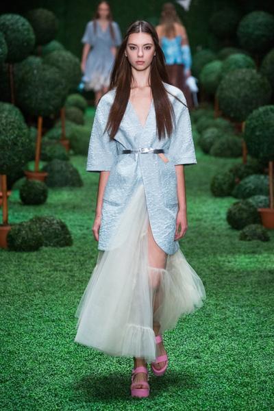 Показ Alena Akhmadullina на Mercedes-Benz Fashion Week Russia
