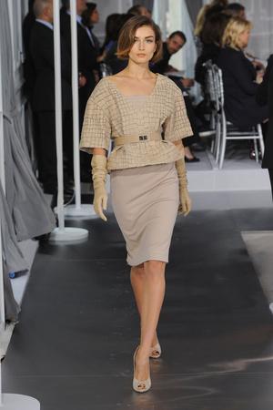 Показ Christian Dior коллекции сезона Весна-лето 2012 года Haute couture - www.elle.ru - Подиум - фото 330482
