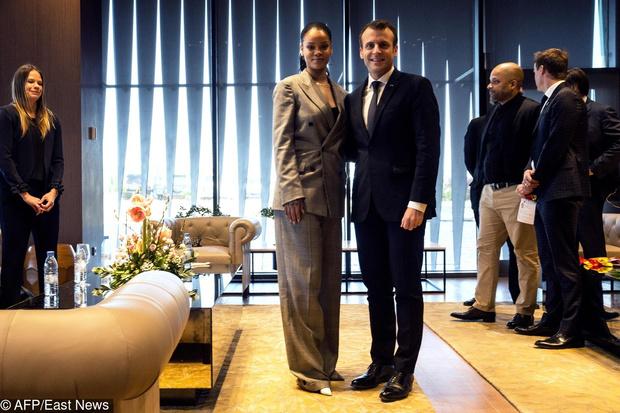 Рианна и Эммануэль Макрон на конференции в Сенегале (фото 2)