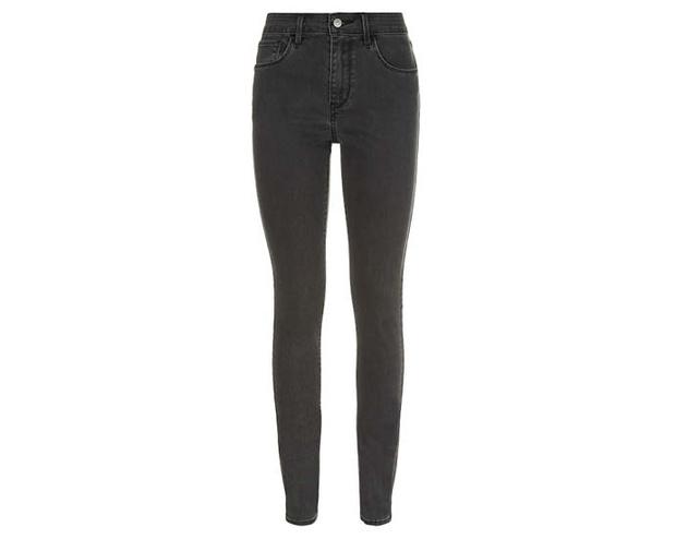 скинни-джинсы с очень высокой талией