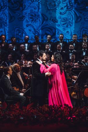Ложи блещут: первый совместный концерт Анны Нетребко и Юсифа Эйвазова в Большом театре (фото 1.2)