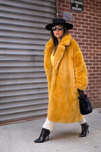 Что носят на Неделе моды в Нью-Йорке: 12 стритстайл-трендов (фото 7.1)