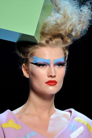 Показ Christian Dior коллекции сезона Осень-зима 2011-2012 года Haute couture - www.elle.ru - Подиум - фото 277533