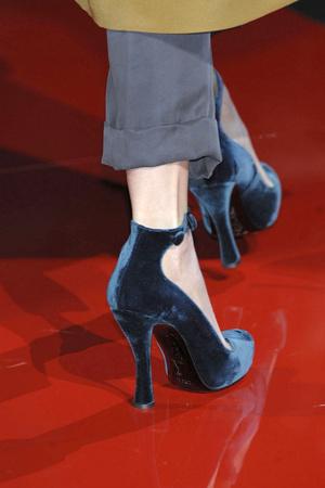 Показы мод Etro Осень-зима 2010-2011 | Подиум на ELLE - Подиум - фото 2746