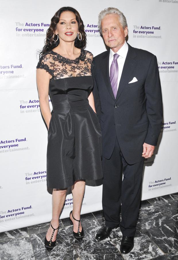 Кэтрин Зета-Джонс с мужем