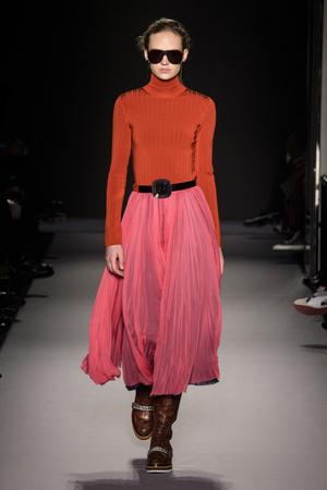 Показы мод Lanvin осень-зима  2018-2019 | Подиум на ELLE - Подиум - фото 6831