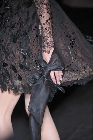 Показ Valentino коллекции сезона Осень-зима 2009-2010 года haute couture - www.elle.ru - Подиум - фото 88479