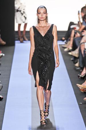Показы мод Monique Lhuillier Весна-лето 2012 | Подиум на ELLE - Подиум - фото 2044