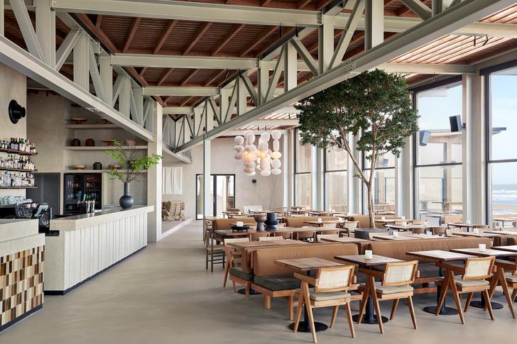 Уютный ресторан с видом на море (фото 5)