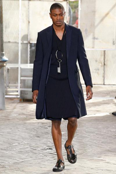 Неделя мужской моды в Париже: лучшие показы | галерея [4] фото [35]