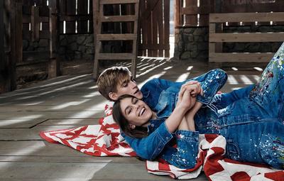 Новые снимки: Кайя Гербер с братом в рекламной кампании Calvin Klein Jeans (галерея 3, фото 0)