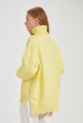 Одежда счастья: 20 дофаминовых вещей на зиму (фото 11.2)