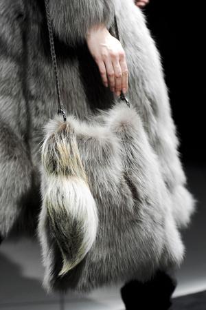 Показ Simonetta Ravizza коллекции сезона Осень-зима 2011-2012 года prêt-à-porter - www.elle.ru - Подиум - фото 257003