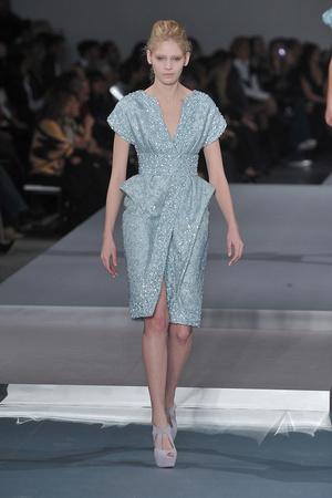 Показ Elie Saab коллекции сезона Весна-лето 2009 года Haute couture - www.elle.ru - Подиум - фото 86590