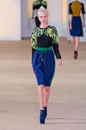 Показы мод Preen by Thornton Bregazzi Осень-зима 2012-2013 | Подиум на ELLE - Подиум - фото 1667