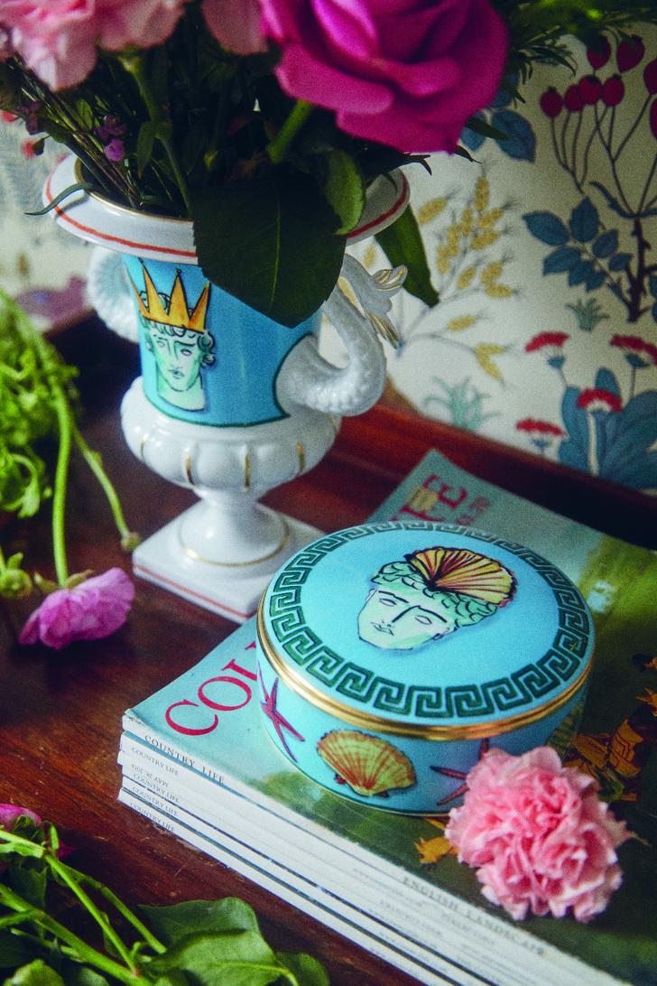 Коллекция посуды Il viaggio di Nettuno от Люка Эдварда Холла и Richard Ginori (фото 6)