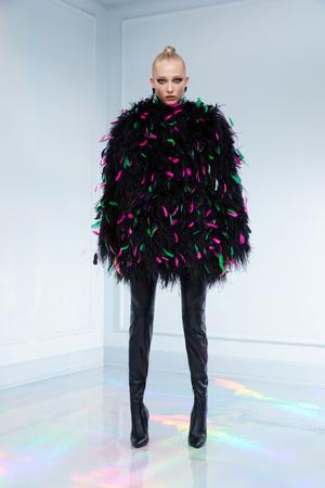 Maison Bohemique представил лукбук коллекции couture осень-зима 18/19 (фото 2.2)