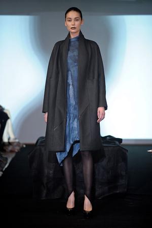 Показ Atelier Gustavo Lins коллекции сезона Осень-зима 2011-2012 года Haute couture - www.elle.ru - Подиум - фото 278118