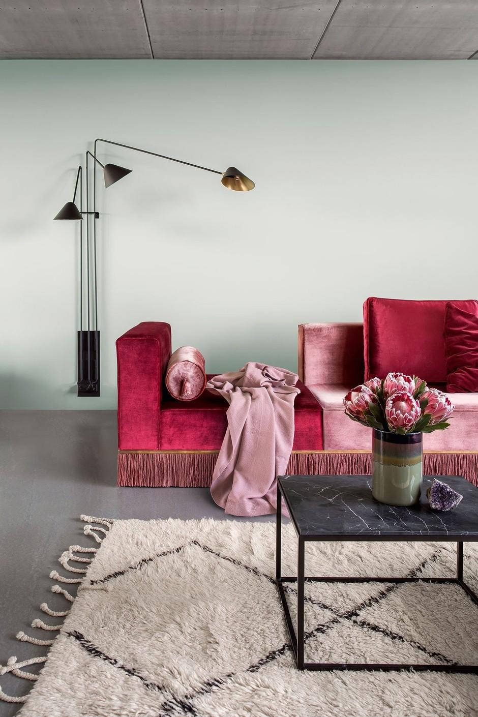 Терапия цветом: 30 проектов ярких гостиных (галерея 0, фото 4)