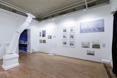 Выставка номинантов премии Кандинского открылась в ММОМА (галерея 1, фото 0)