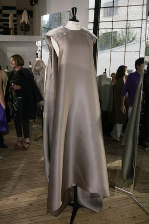 Показ Maison Rabih коллекции сезона Осень-зима 2009-2010 года Haute couture - www.elle.ru - Подиум - фото 88171