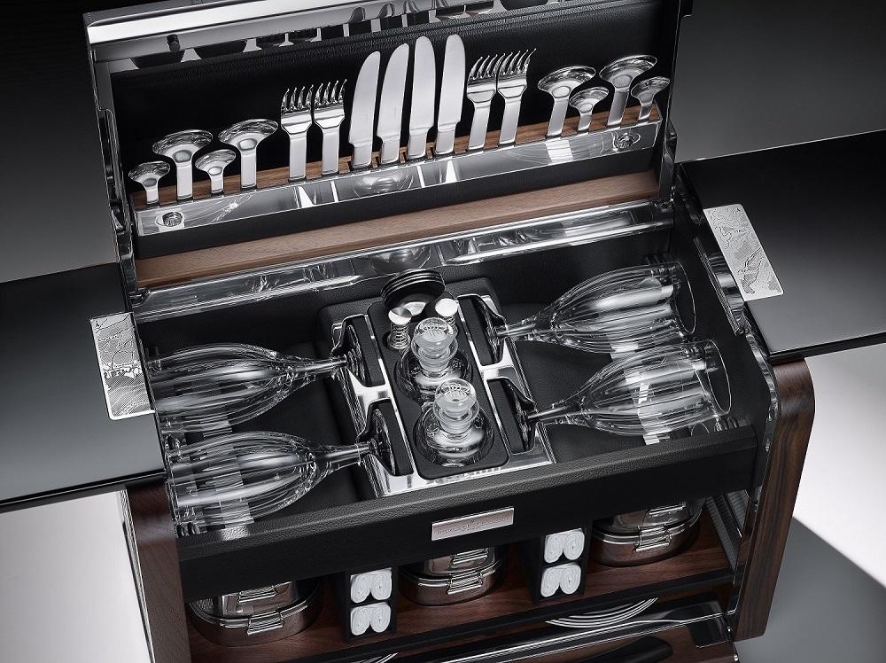 Набор для пикника от Rolls-Royce Motor Cars   галерея [1] фото [2]