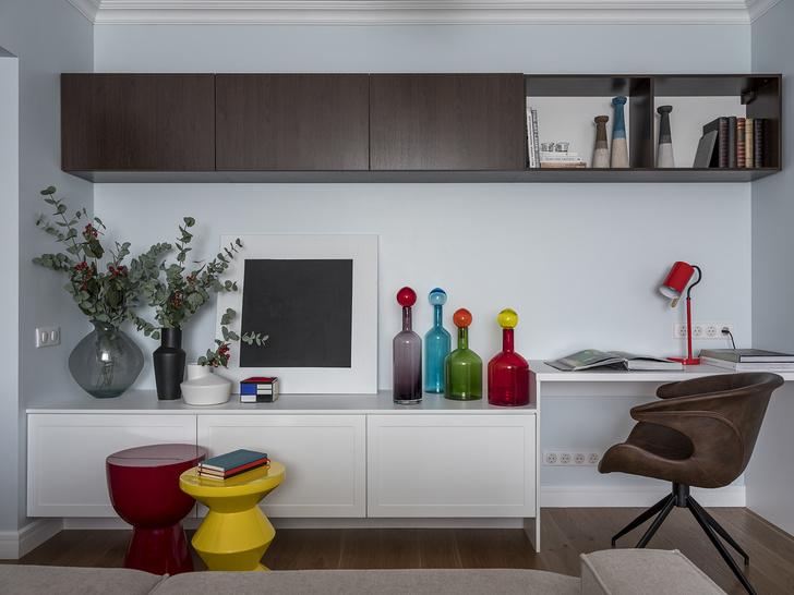 Дитя заката: фламинго и другие яркие  решения в типовой квартире 55 м² (фото 7)