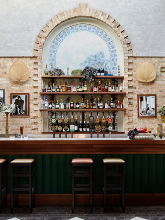 Tilly May's: бар по дизайну Alexander & Co в Сиднее (фото 6.1)
