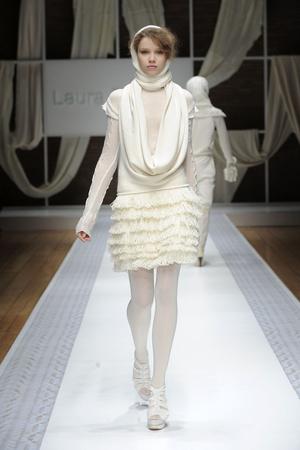 Показ Laura Biagiotti коллекции сезона Осень-зима 2010-2011 года Prêt-à-porter - www.elle.ru - Подиум - фото 153289