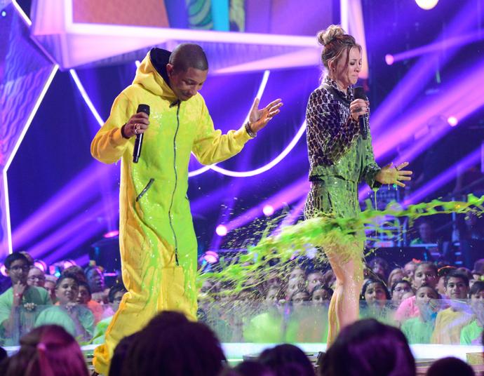 Фаррелл Уильямс и Кейли Куоко-Свитинг Kids Choice Awards 2014