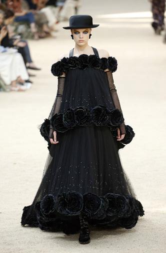 Французский шик: показ Chanel Haute Couture в Париже